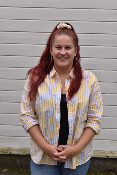 Lisa Henningsson, undervisar i dans, teknik och improvisation